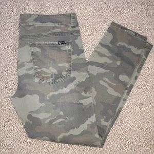 7 for All Mankind Camo Skinny Jeans Size 12
